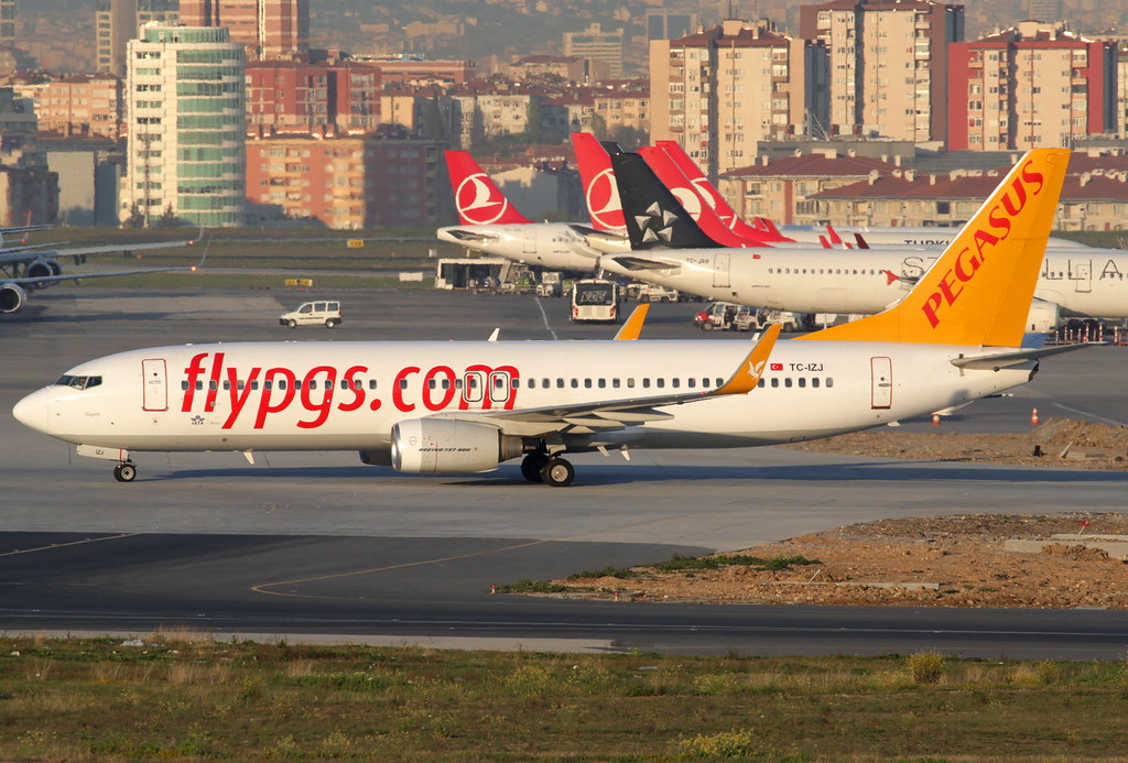 TC-IZJ - B738 - Pegasus Airlines