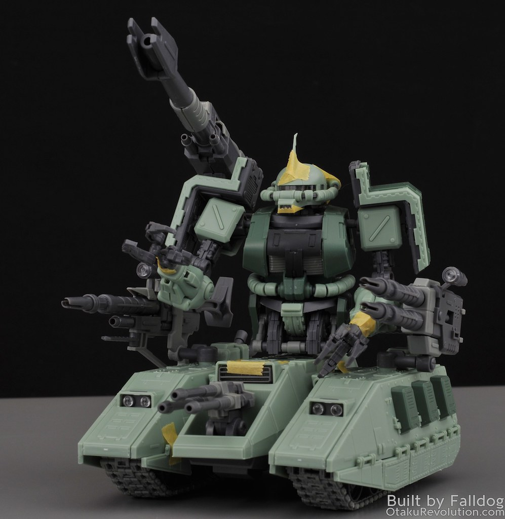 Motor King - 1-100 Zaku Tank Review 5