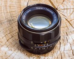 Pentax Super-Takumar 55mm f/1.8 M42