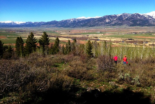ranch mountain river fishing cabin friend view bare alpine vista wife chalet homestead elk mountainlion baita