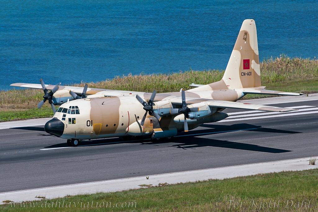 FRA: Photos d'avions de transport - Page 22 18289502376_426b129bc8_o