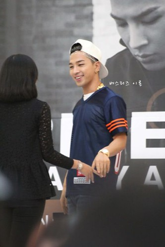 Taeyang_HIGHTOUCH_Seoul-20140629 (8)