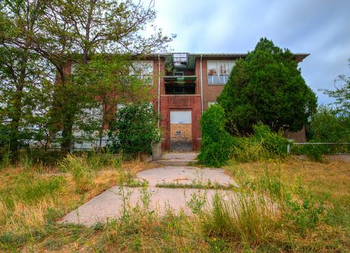 Abandoned!  Hillsdale School