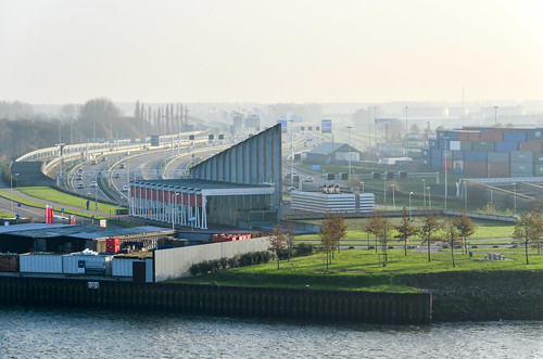 Beneluxtunnel entrance seen from the Nieuwe Maas, Rotterdam