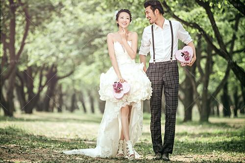 拍結婚婚紗照 台中市婚紗店 婚紗 手工婚紗推薦 婚紗禮服設計