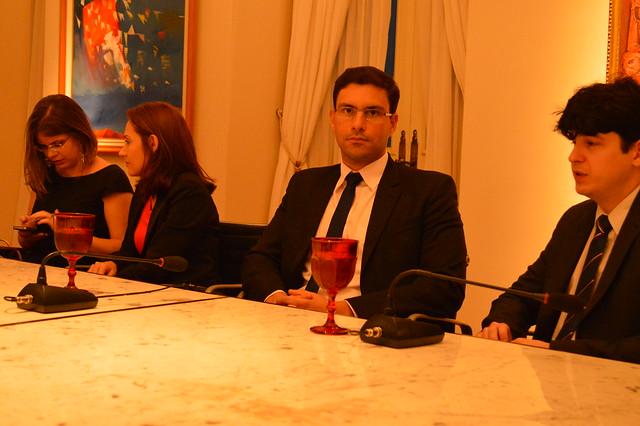 Diretores da AMMA e comissão de concursados reúnem-se com o governador