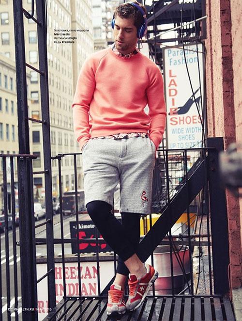 Marc Jacobsフラミンゴハーフパンツ×レギンス×Premiataのスニーカー