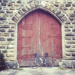 One more#castle to storm. #cycling #velo #wilier #elemnt - Photo of Avèze