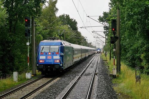 P2330749