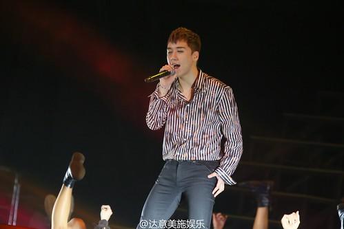 BIGBANG FM Beijing Day 2 2016-07-16 Seungri (17)