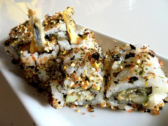 Zen tempura shisamo maki
