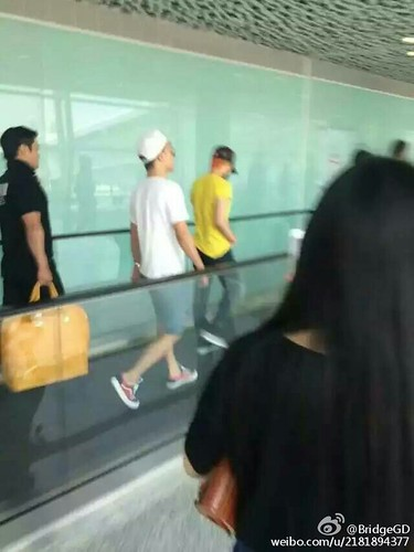 more BIGBANG arrival Shenzhen 2015-08-07 (47)