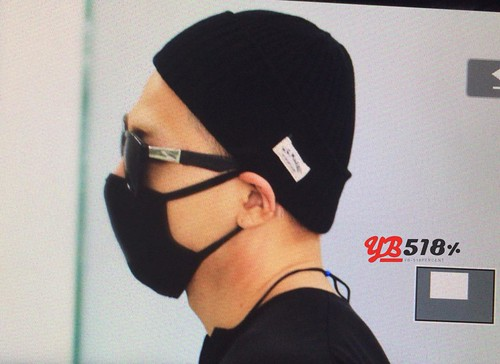 Big Bang - Incheon Airport - 29may2015 - Tae Yang - YB 518 - 05