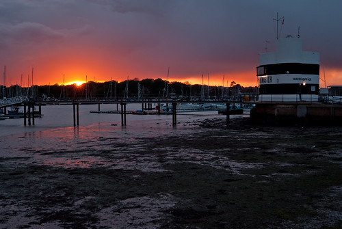 sunset sky sun clouds harbour stormy hampshire warsash