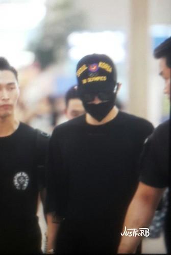 YB Dae GD departure Seoul to Bangkok 2015-07-10 004