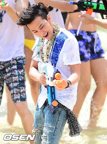 GDragon_WaterWorld_CF-Event_20140704 (21)